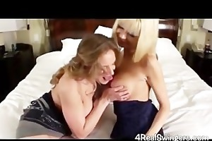 pair swinger wife swapping