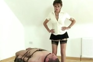 femdom-goddess wanking infirm lads dick previous