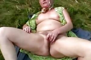next door granny rubbing her old unshaved old in