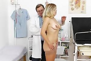 madam enjoys the gyno checkup
