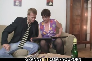her shaggy vagina receives hammered