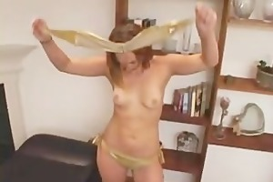 merry breasted dark brown orgasms on the sybian