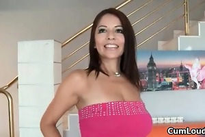 breasty d like to fuck shows her astonishing body