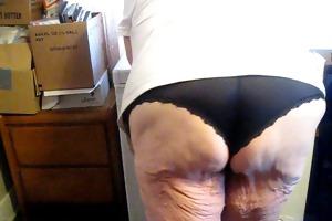 showing off my hot dark pants
