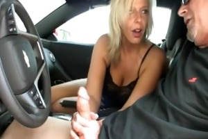 hot mother i jerking in the car