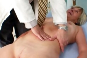 nada visits her gyno doctor for aged cookie