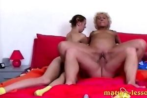 lad bonks fat woman and pretty nubile