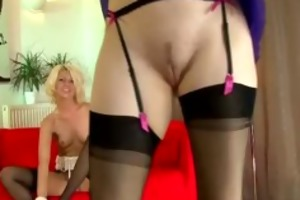 older stocking wearing wench lesbo